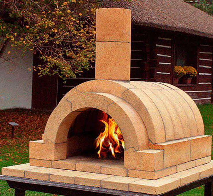 печь из огнеупорного кирпича